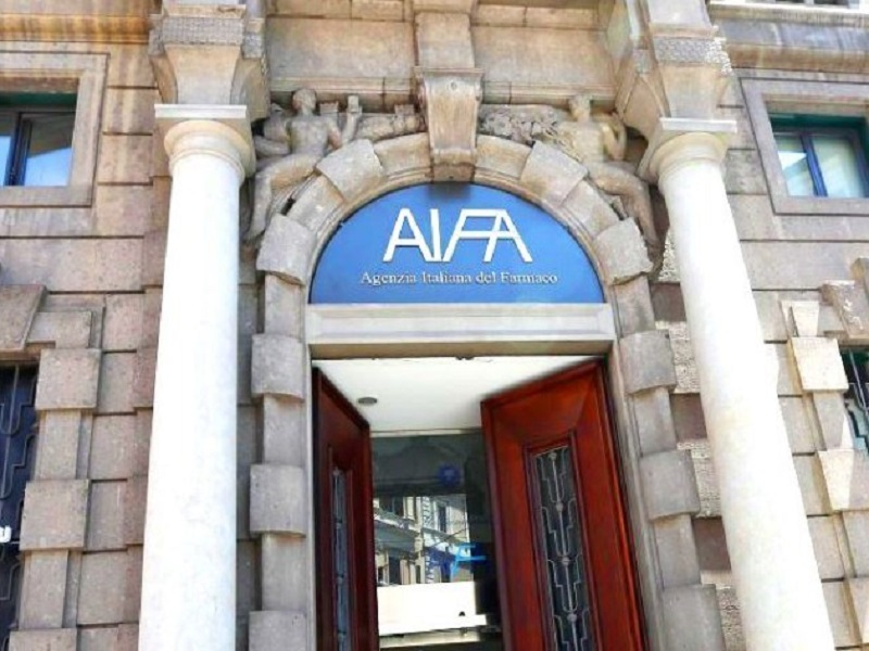 Aspirina e tumore del colon: interviene l'AIFA